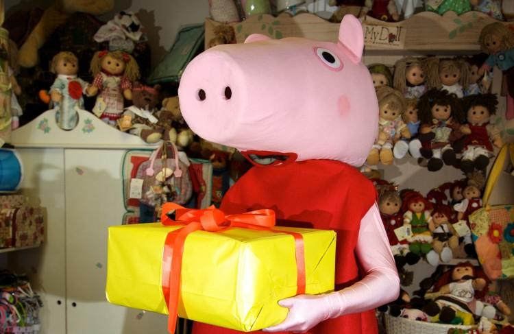 Il tuo regalo lo consegna Peppa Pig!!